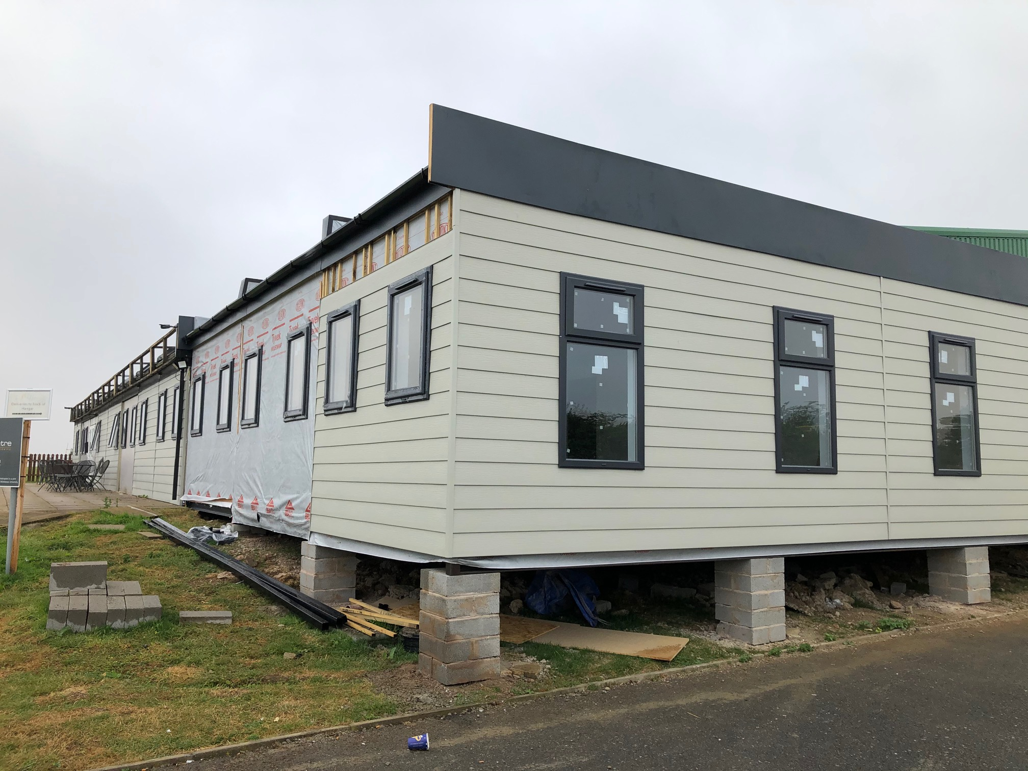 Modular Building, Cladding